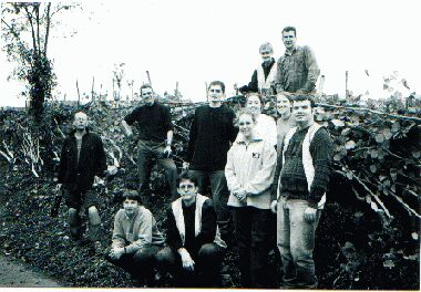 The obligatory volunteers in front of the finished hedge shot!